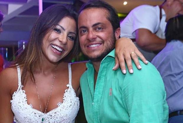 'Só volto pai', diz Thammy Miranda ao embarcar para Miami