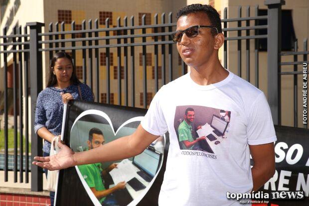 Em protesto, família pede agilidade em julgamento de empresário bêbado que matou jovem no trânsito