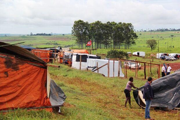 Onde estão? Trabalhadores sem-terra em MS 'somem' de barracos com eleição de Bolsonaro