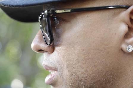 Famosos se despedem de MC Sapão em velório: 'exemplo para rapaziada da periferia', diz MC Koringa