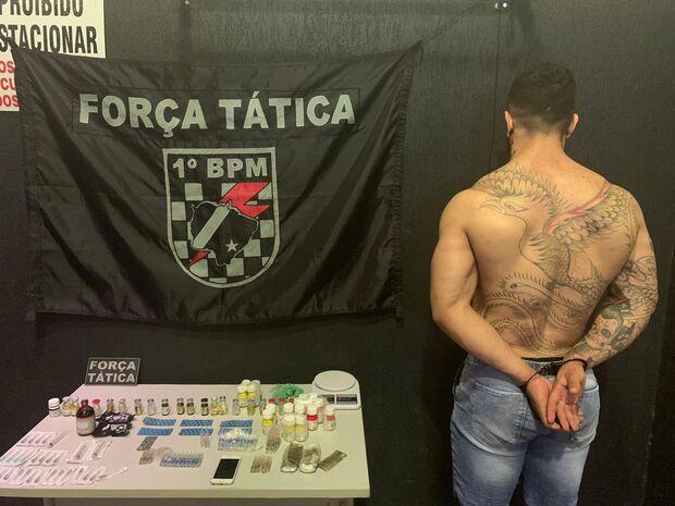 Fisiculturista é preso por vender anabolizantes no camelódromo