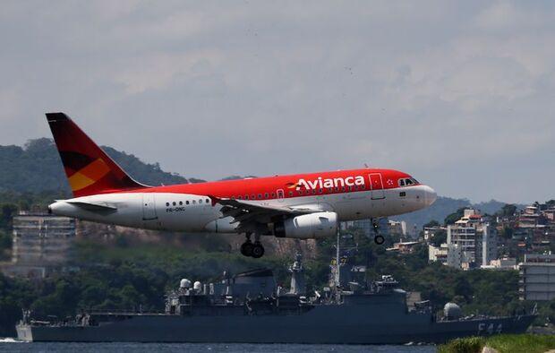 Avianca cancela quase 2 mil voos até o dia 28