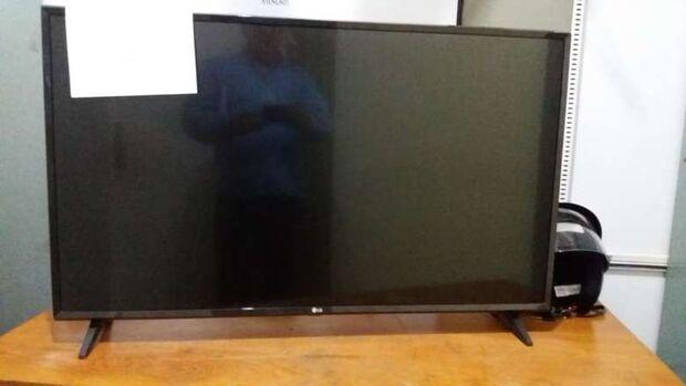 Homem compra TV, descobre que aparelho foi furtado e teve nota fiscal falsificada