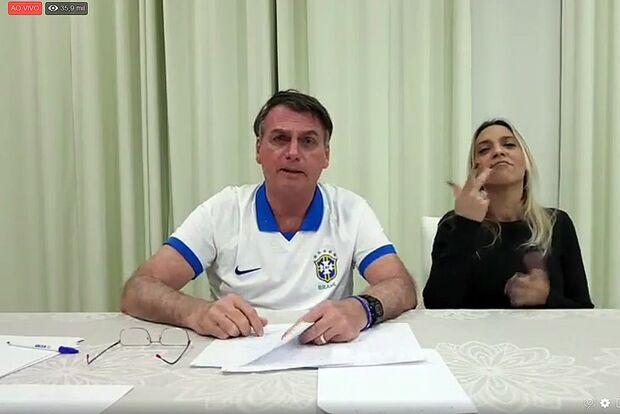 Bolsonaro encurta teto da Lei Rouanet para R$ 1 milhão por projeto