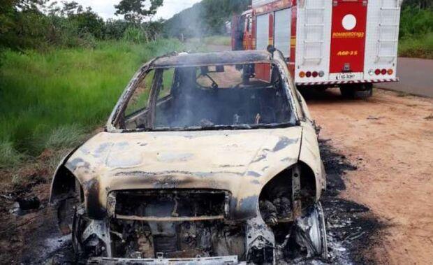 Tragédia: homem morre carbonizado dentro de veículo na MS-320