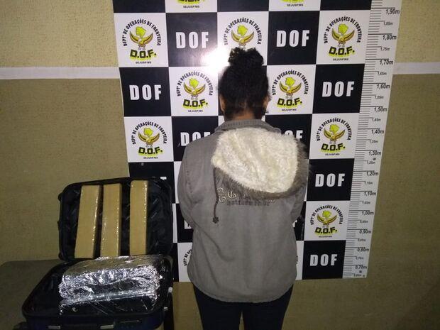 'Amor bandido': casal é preso transportando maconha em ônibus