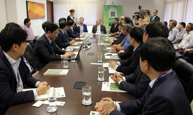 Coreanos pretendem investir R$ 6 bilhões em energia limpa em MS