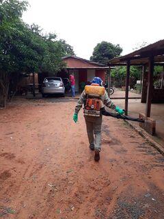 Aquidauana: equipe de Educação em Saúde orienta população no combate à Dengue