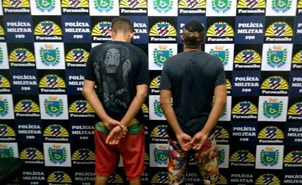 """""""Eu sai ontem da cadeia, mano"""", diz jovem preso com moto roubada de policial civil"""