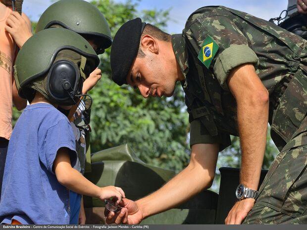 Exército Brasileiro abre inscrições para militares temporários