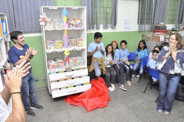 Inauguração de gibiteca e atividades culturais marcam dia do livro na Reme