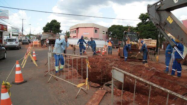 Prefeitura inicia segunda frente de drenagem no recapeamento da Bandeirantes