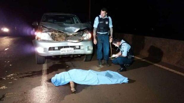 Mulher é atropelada por caminhonete e morre em rodovia de MS