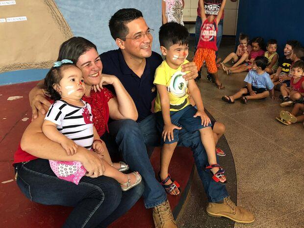 Grupo 'Obstinados em Sorrisos' leva ação de Páscoa em EMEIs de Campo Grande