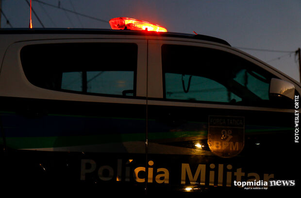 Truco: homem leva golpe e perde R$ 500 após ingerir bebida com Travesti