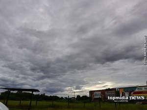 Bom dia! Domingão começa com tempo nublado e possibilidade de chuva em Campo Grande