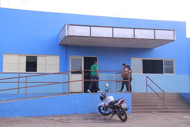 Recém-nascido abandonado em posto de saúde está em abrigo de Campo Grande