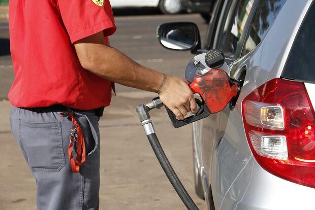 PREÇO DE OURO: em MS, gasolina abaixo de R$ 4 só em Campo Grande e olhe lá!