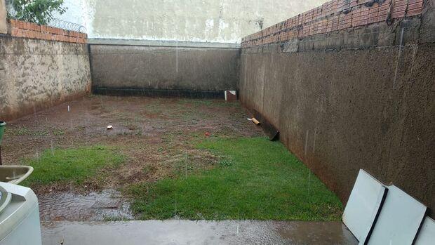 Adeus, calor: chuva chega e refresca região sul de Campo Grande