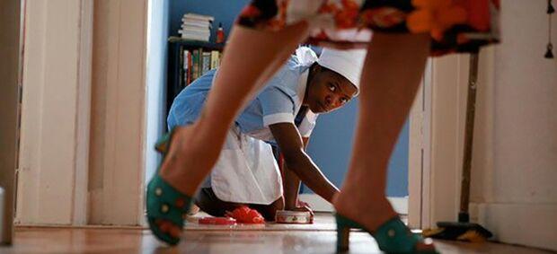 Avanços e desafios marcam o Dia da Empregada Doméstica