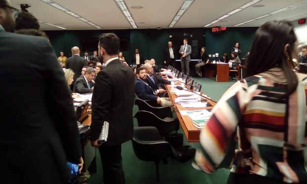 Com deputados de MS, CCJ não sabe se vota Previdência e clima esquenta entre governistas e oposição