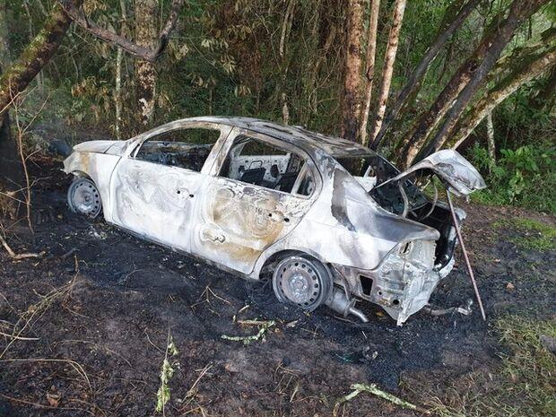 Morre taxista agredido com golpes de machado durante roubo e abandonado em estrada vicinal