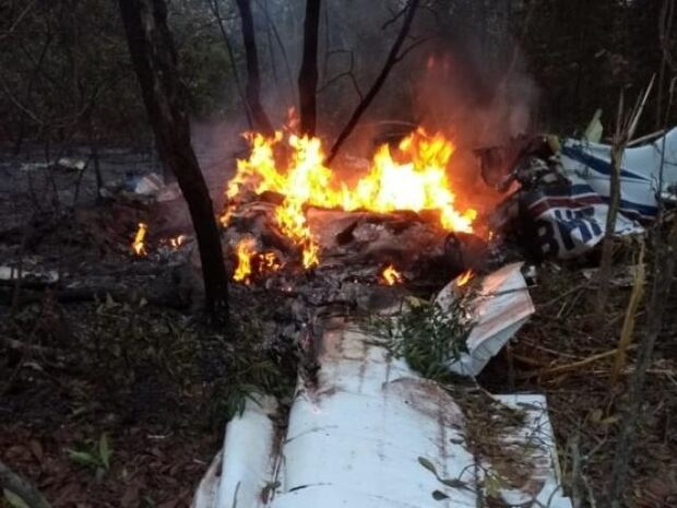 Avião que caiu próximo de aeroporto pertence a dono da Ultramedical