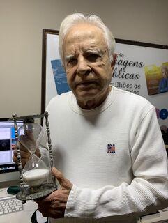 Aos 91 anos, Cid Moreira garante: 'nunca precisei de Viagra'