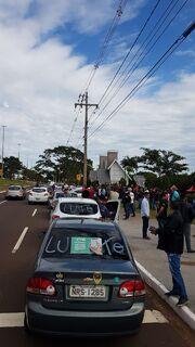 Motoristas de aplicativo 'fecham' Afonso Pena em protesto após assassinato de trabalhador