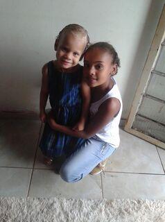 Criança de 4 anos coloca nome de boneca de Gabrielly para 'nunca mais esquecer' irmã que partiu