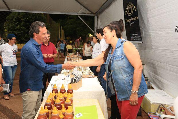 Feira Arte da Gente oferece gastronomia do Cerrado a utilidades domésticas