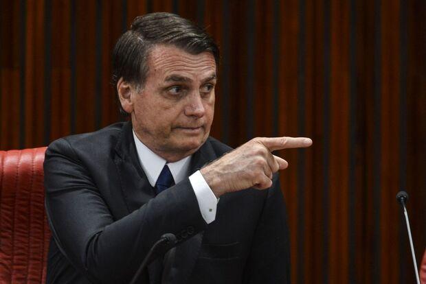 Manifesto dos governadores faz Bolsonaro recuar com decreto das armas
