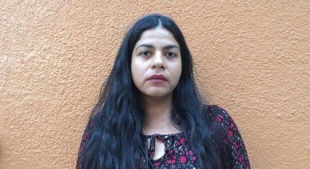 'Fui expulsa da família por denunciar abusos sexuais do meu pai', diz jornalista