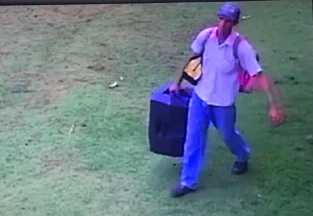 Após vídeo viralizar, andarilho é preso por furtar dinheiro da paróquia São Pedro Apóstolo