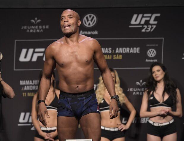 Anderson Silva nega aposentadoria e considera revanche contra Jared Cannonier