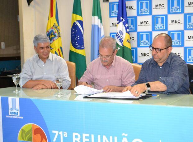 Primeiro no Estado: Apae em Campo Grande lança programa de residência em reabilitação física