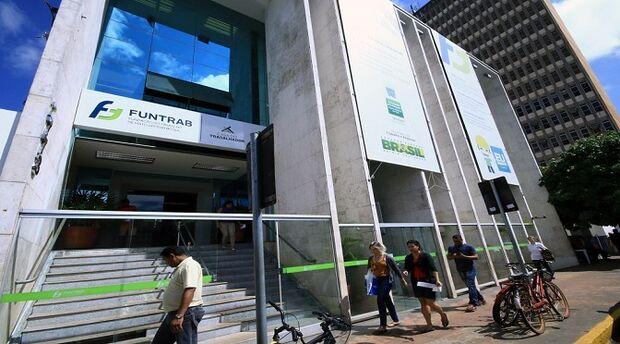 Semana começa com mais de 150 oportunidades de emprego em Campo Grande