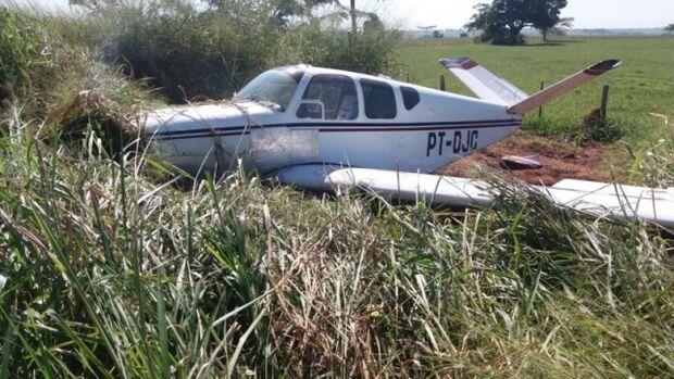 Cenipa vai investigar: avião faz pouso forçado às margens da BR-158 em MS