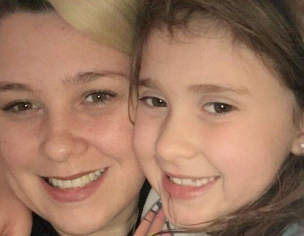 """""""Acho um porre, ouvir 20 crianças desafinadas"""" diz mãe sobre comemoração"""