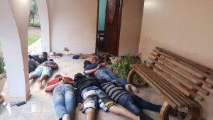 Polícia descobre tentativa de resgate e reforça segurança após prisão de 12 brasileiros na fronteira