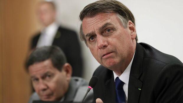 É a nova era: decreto de Bolsonaro permitirá que 255 mil possam andar armados nas ruas
