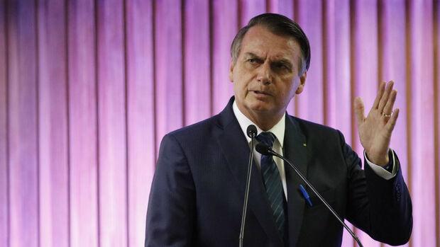 O que tenho a oferecer é patriotismo, humildade e coragem, diz Bolsonaro no Rio