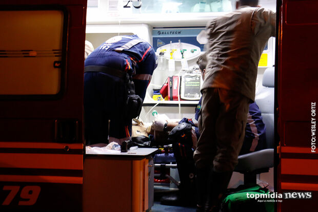 Homem é esfaqueado, deixa hospital e passa mal em Campo Grande