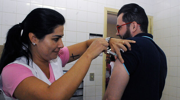 Todos os postos de saúde abrirão nesse sábado para o dia D da vacina contra gripe