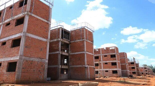 Cadastramento para conseguir casas da Agehab será suspenso por 4 meses