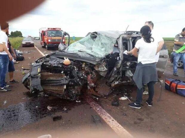 Acidente envolvendo três veículos deixa um morto e três feridos em MS