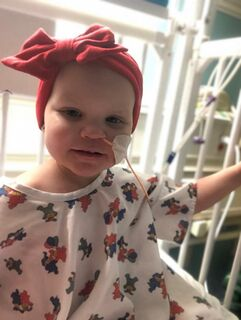 Mulher desiste de ajudar criança com câncer após descobrir que suas mães são lésbicas