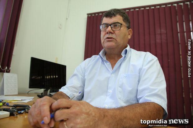 'Ou vai, ou racha', diz presidente da Fetems sobre greve de administrativos