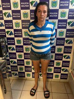 Após correr e se esconder da polícia, mulher é presa em Campo Grande