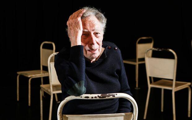 Morre, em São Paulo, o diretor de teatro Antunes Filho
